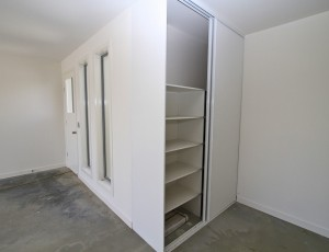 garage built-in cupboards