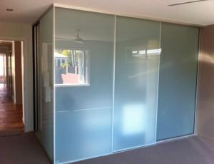 transparent glass sliding wardrobe door